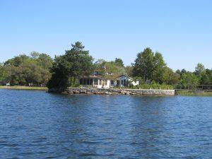 Little Island Charm cottage